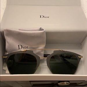 Women's Dior  sunglasses